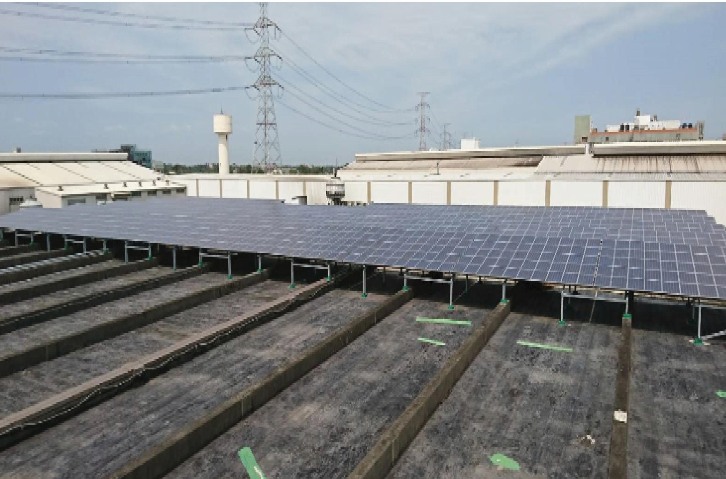 北部最大500千瓦屋頂太陽能電站(桃園志聯鋼鐵 廠房屋頂) 配電盤由富強承製